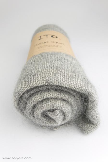 #345 Top Light Gray-Sensai Schal